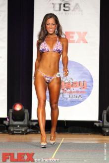 Kelly Gonzalez 8
