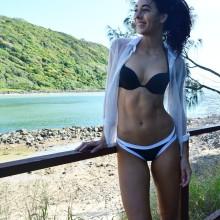 Danielle Robertson 6