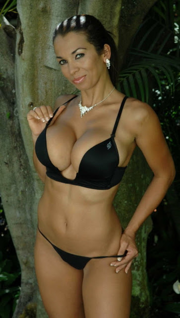Hellen Morales 12
