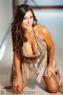 Stephanie Arias 21