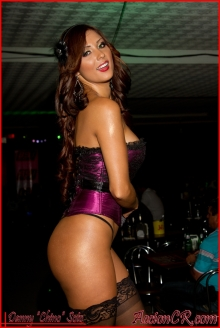 Stephanie Arias 35