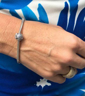 Patricia y pulsera