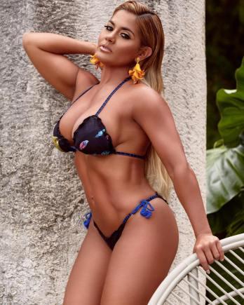 Maripily-Rivera-Noche-de-Luz-Cuerpos-Hot-Luxury-Edition-CuerposHotLuxuryEdition