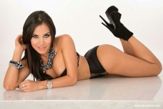 Melissa-Mora-Rubin26