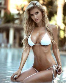Leanna-Bartlett-in-Bikini_-Instagram--06-662x827