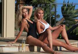 Khloe-Terae-and-Kennedy-Summers-in-Bikini-3