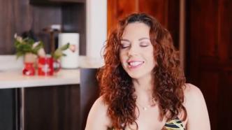 Lussania Víquez biografía.mp4_000029236