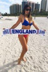 Claudia-Romani-Thong-Bikini-5